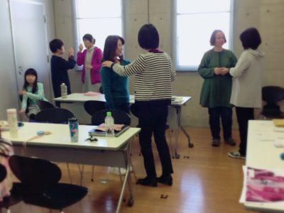 キネシオロジー(カフェキネシ)練習会&体験会(12月と1月のお知らせ)